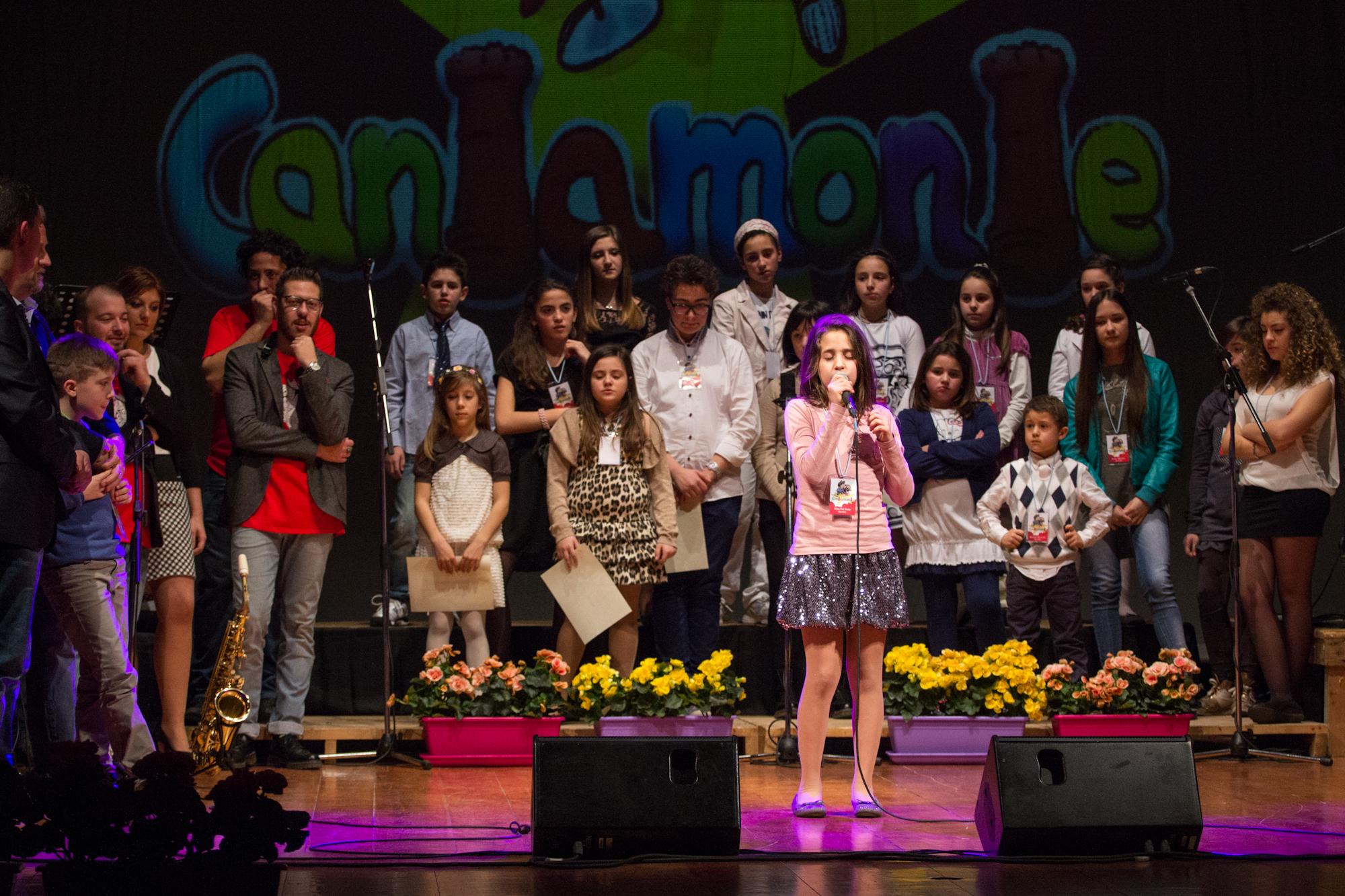 Foto del concorso canoro per bambini Cantamonte Open